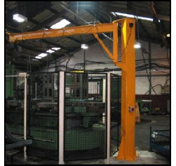 Under braced 2000KG Jib Crane with 3MTR Under beam x 4MTR Arm