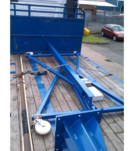 2000KG Mobile Gantry Crane with 4.5MTR Under beam x 4MTR Span