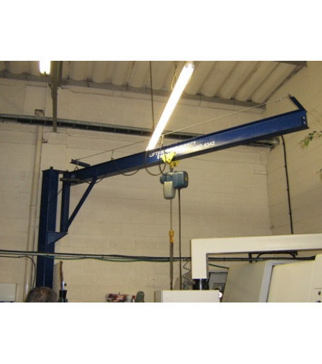Under braced 1000KG Jib Crane with 5MTR Under beam x 3MTR Arm