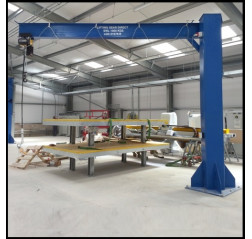 Under braced 250KG Jib Crane with 5MTR Under beam x 5MTR Arm