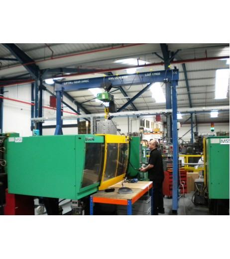 3000KG A Frame Lifting Gantry with 4.5MTR Under beam x 4MTR Span
